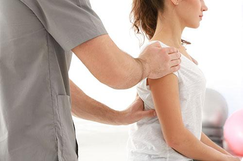 Chiropractic therapy - Dunn Clinic